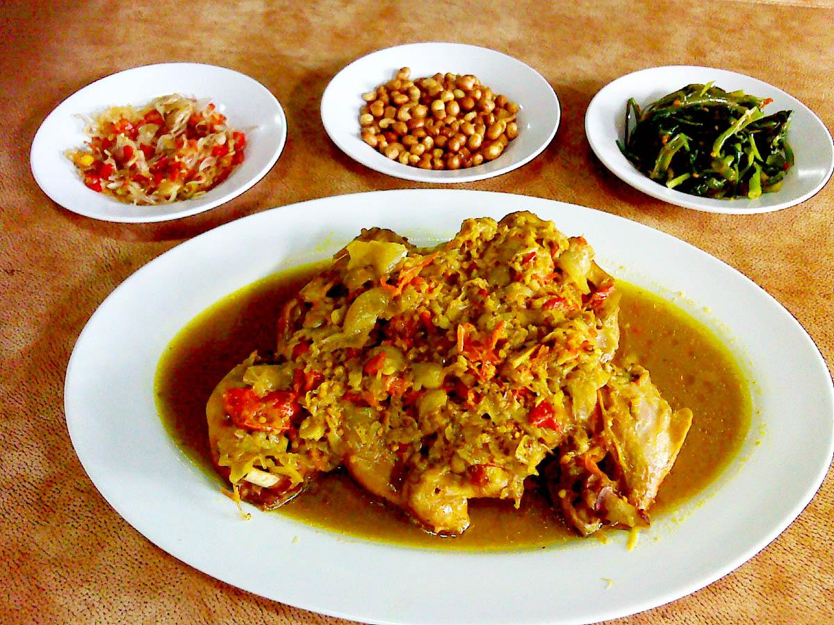 Ayam Betutu Khas Gilimanuk Bali, Pedasnya Maknyus