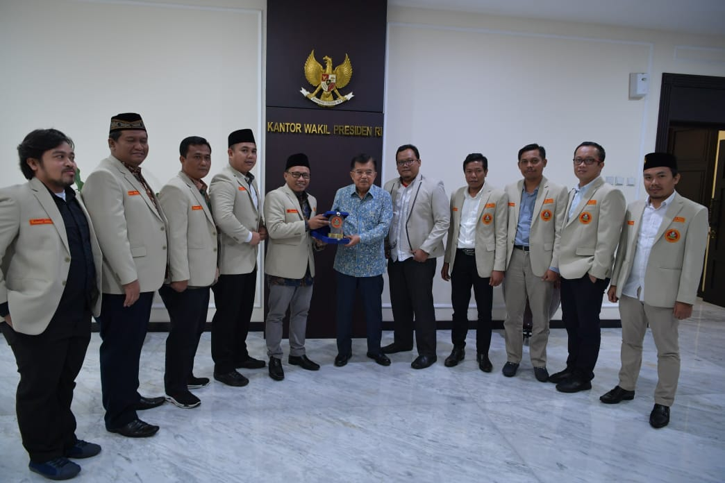 Bertemu Wapres Jusuf Kalla, Pemuda Muhammadiyah Sampaikan Progam Anti Golput