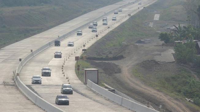 Tarif Jalan Tol Trans Jawa Dituding Terlalu Mahal