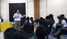 Tingkatkan Partisipasi Mahasiswa, KPU Denpasar Sosialisasi di Kampus Udayana