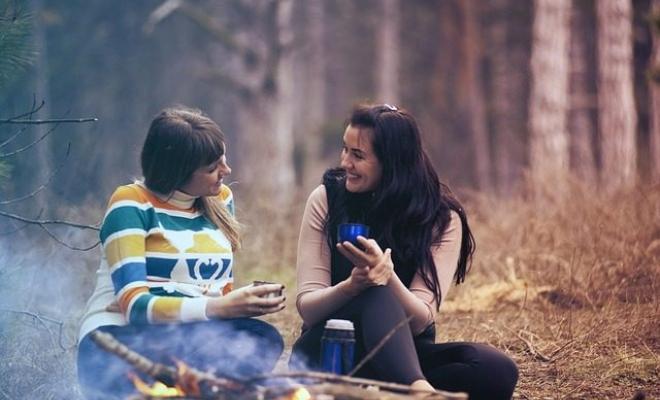 Menambah Teman Baru, Bantu Kurangi Tekanan Sosial Perempuan