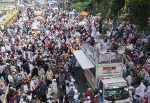 Usai Sholat Ashar, Ribuan Massa Aksi Kawal Putusan MK Terus Berdatangan
