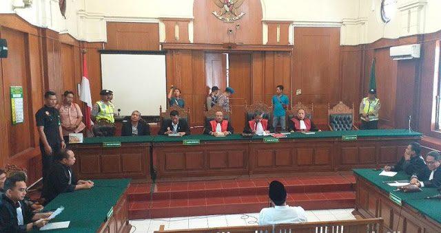 Gus Nur Divonis Penjara 1 Tahun 6 Bulan