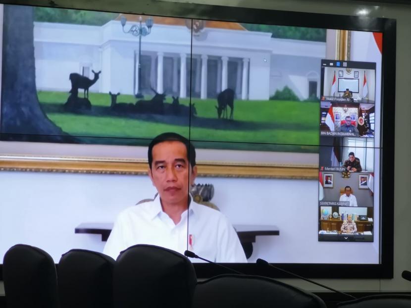 Usai Tes Corona, Kini Rapat Jokowi dan Menteri Dilakukan dengan Video Jarak Jauh