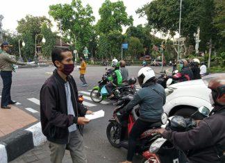 Tekan Penyebaran Covid-19, Muhammadiyah Bagikan Masker ke Warga Denpasar