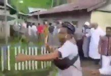 Larang Salat Eid Berjemaah Di Masjid, Kepala Desa Dikeroyok Warganya