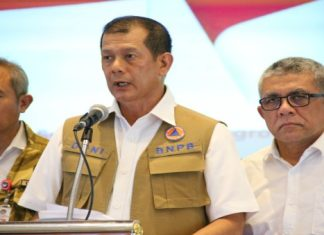 Siang Ini, Jokowi Copot Letjen Doni Monardo Dari Posisi Kepala BNPB