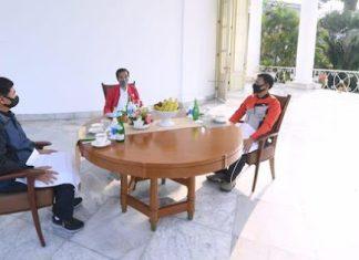 Weekend, Presiden Jokowi Ngeteh Bareng Panglima TNI dan Kapolri di Istana Bogor