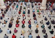 Jaga Jarak, Muhammadiyah Kaji Sholat Jumat Lebih dari Satu Angkatan