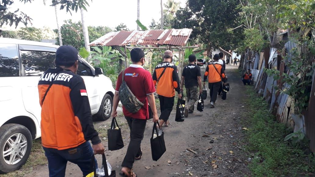 Peduli Dampak Covid-19, TDA Dan Sahabat Subuh Bali Sebar Paket Sembako