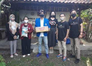 Pospera Bersama KNPI Bali Bentuk Dapur Umum, Teropongmetro Berpartisipasi Salurkan Bantuan Sembako