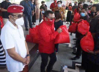 Dampak Covid-19, Jaya Negara Salurkan Sembako Kepada Pekaseh Dan Pecalang