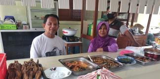 Tokoh Muhammadiyah Yogyakarta Buka Warung Makan Gratis Ditengah Pandemi Covid-19
