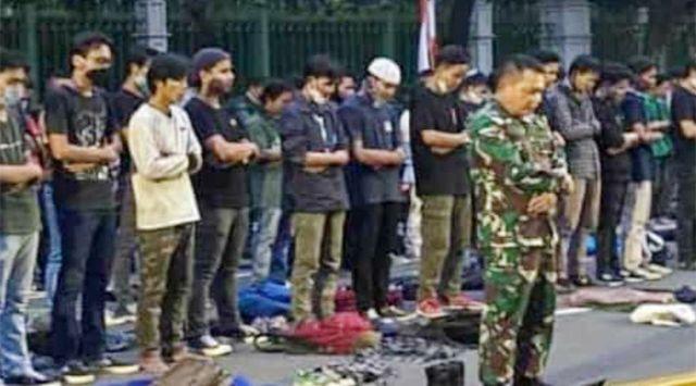 Mayor Jenderal TNI Dudung Jadi Imam Shalat Pendemo Dipuji Mantan Ketua MPR