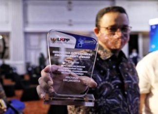 Usai Diperiksa Polisi, Anies Malah Raih Penghargaan, Tagar #AniesForPresidenRI2024 Menggema