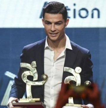 Ronaldo Meraih Penghargaan Pemain Terbaik Abad Ini