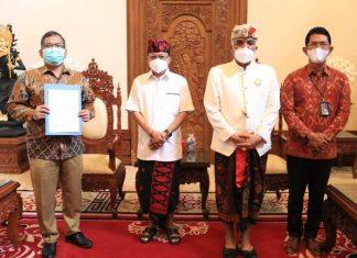 Gubernur Apresiasi CSR PT Bank Mandiri Guna Dukung Desa Adat di Bali
