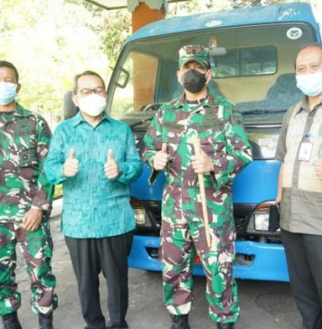BI Perwakilan Bali Hibahkan Satu Mobil Operasional Kepada Korem Wirasatya