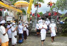 Wabup Badung Hadiri Karya Ngodak Tapakan Di Pura Dalem Tungkub Mengwitani