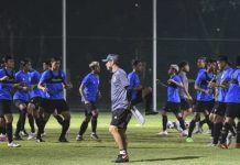 Pelatih Timnas Indonesia Tak Khawatir Belum Divaksin Covid-19