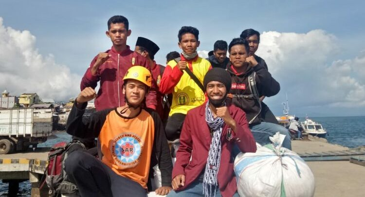 Peduli Banjir NTT, Relawan SARMMI Muhammadiyah Pusat yang Tetap Menjalankan Puasa