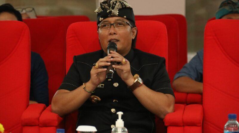 Bupati Giri Prasta Launching Inovasi Pelayanan Kesehatan Dan Kependudukan