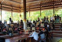Buruh Geruduk DPRD Bali di Hari May Day, Kecam Pengusaha Kirim Surat PHK via Pos