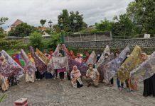 Lazismu Berdayakan Ibu Rumah Tangga, Latih Bikin Busana Bahan Eco-print