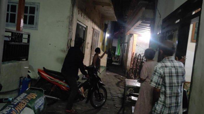 Atap Rumah Ambruk, Warga Kota Malang Selamat dari Gempa Berkat Salat Isya