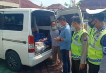 Mobil Angkut Uang Rp 2,1 Miliar di Exit Tol Ngawi untuk Jasa Penukaran Uang