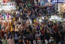 Mal Dipadati Pengunjung, Perlu Evaluasi soal Prokes