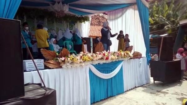 Acara Sekolah Dibubarkan Satgas COVID-19 Sukabumi, Wali Murid Protes