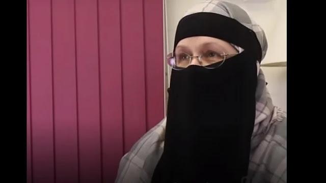 Viral! Kisah Perjuangan Mualaf Bule Kenalkan Islam Bikin Haru