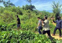 Didatangi Petugas Imigrasi Sukabumi, 4 TKA China 'Ngumpet' di Semak-semak