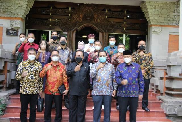 Terima Kunjungan DPD RI, Wagub Usulkan Relaksasi Pinjaman Lunak Bagi Pelaku Pariwisata Dapat Diperpanjang