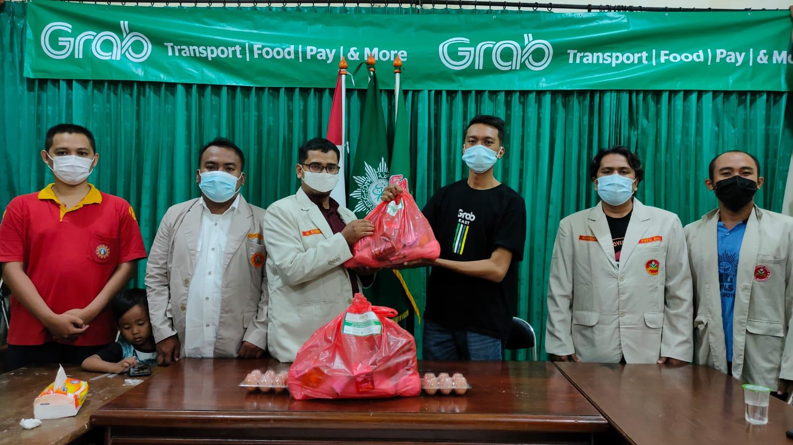 Pemuda Muhammadiyah Bali salurkan 574 Paket Sembako Kepada Warga Terdampak Covid-19
